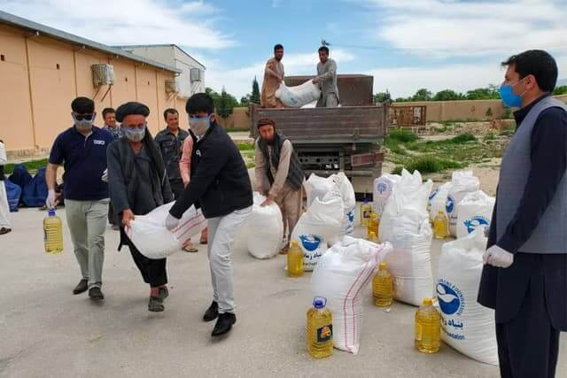 Emergency essentials distribution to needy families in Mazar-e-Sharif Thumbnail